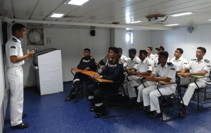 INDIAN NAVY INVITES APPLICATION
