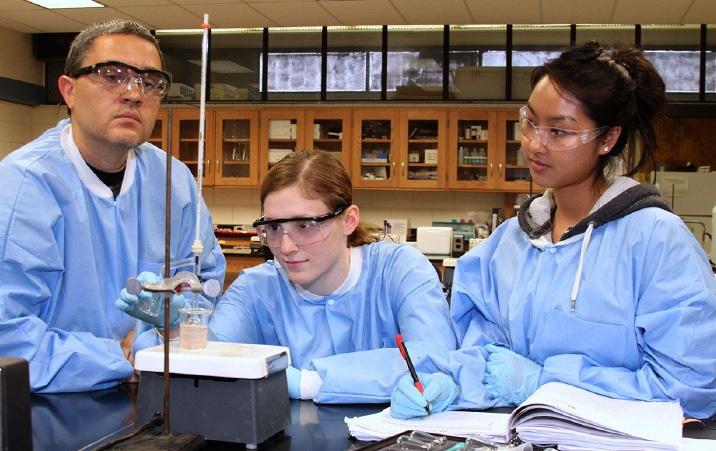 uw chemistry labs