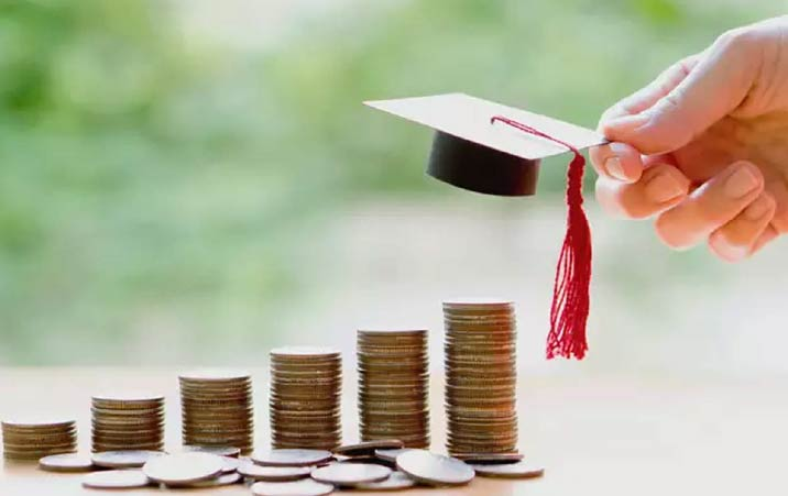 Govt plans scholarship of Rs 15000 for Covid orphan