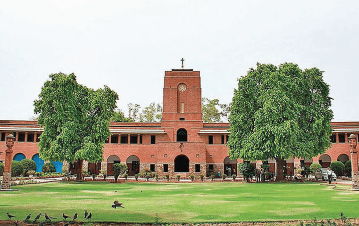 4500 visitors on website as DU holds Open Day to familiarise postgraduates with admission process