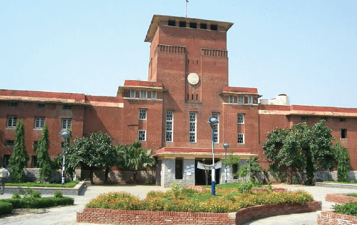Delhi University To Resume Offline Classes For Final Year UG PG Students Today