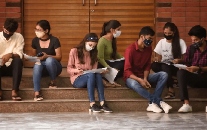 DU Receives Over 59000 Applications On Final Day Of Admissions Under 1st Cut Off List
