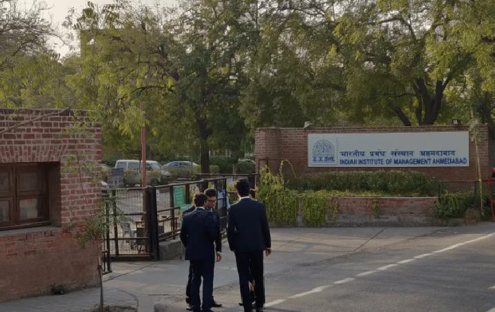 IIM Ahmedabad Research Associateship Urban Transportation 2021