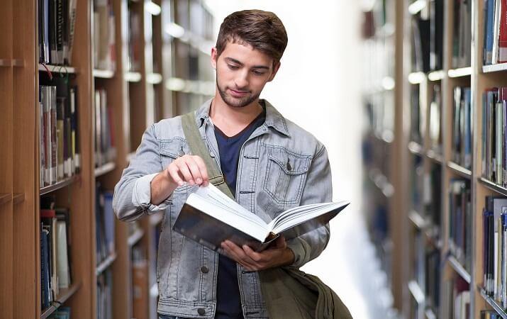 college student dress code